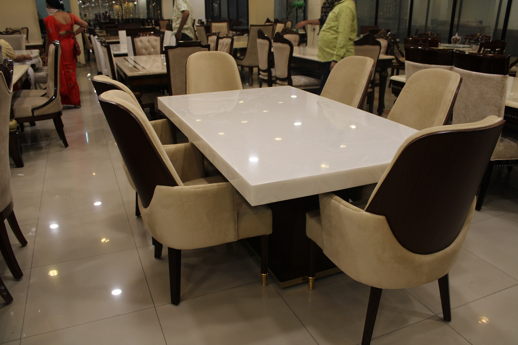White italian marble dining table   The Interior Park
